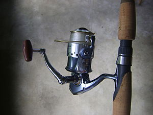 Example of a spining reel. Model: Pflueger Pre...