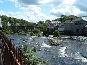 Llangollen, view from the railway station. Pic...