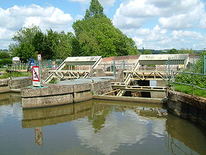 The sluice at Yalding