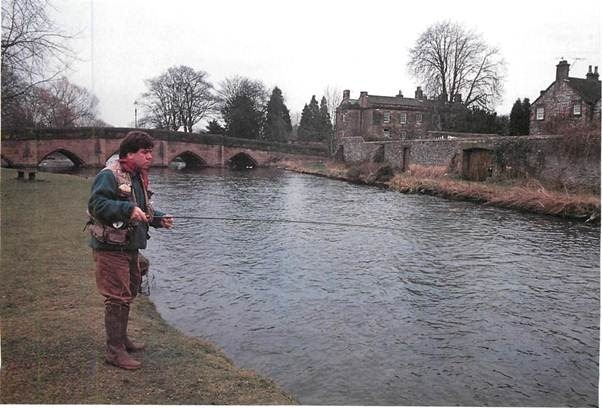 Fishing on the Derbyshire Wye